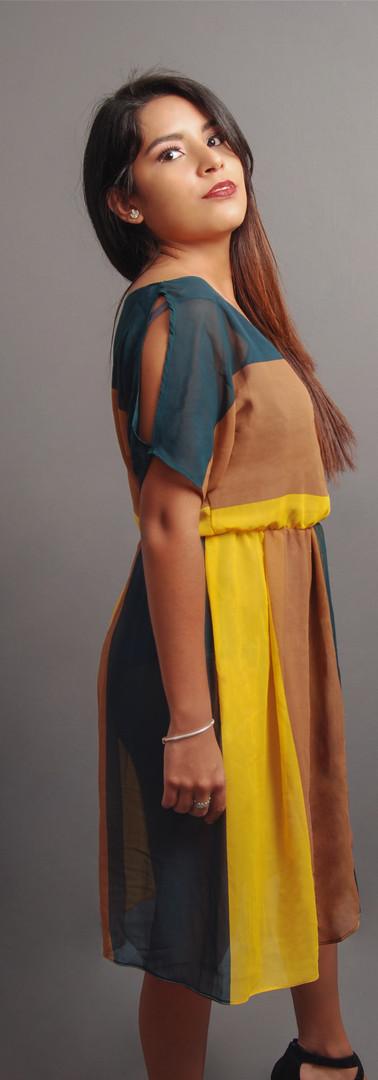 Modelo Priscila Lugar Productora Propulsar Producciones Diseñador Elia King @charken_eliaking Fotógrafo Jorge Salazar @jorgesalazar