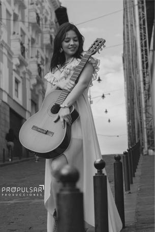 Modelo Anabel  Lugar  La Ronda  Fotógrafo Jorge Salazar @jorgesalazar