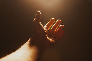 hand-4661763_640.jpg