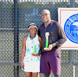 Mixed 70s & Over Doubles champions: Azizi, Mildred / Scott, Franklyn