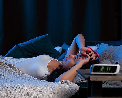 Sleep Hypnosis in Stirling - Woman Awake at Night