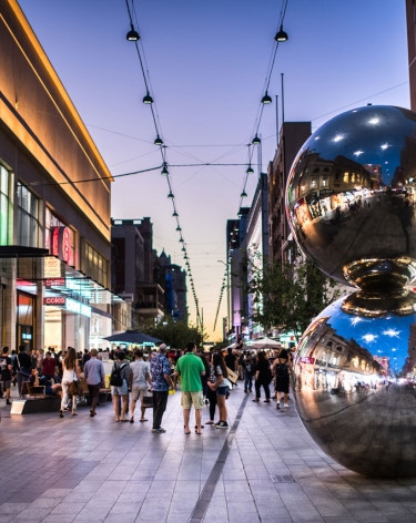 Rundle Mall, Adelaide.jpg