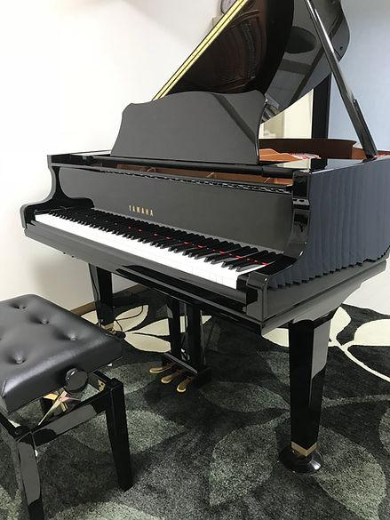 那覇教室グランドピアノ