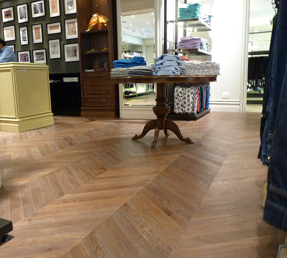 McCullogh & Bothwell chevron oak flooring