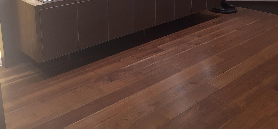 Breitling Walnut.jpg