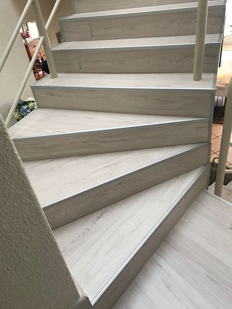 Laminate stairs 3.jpg