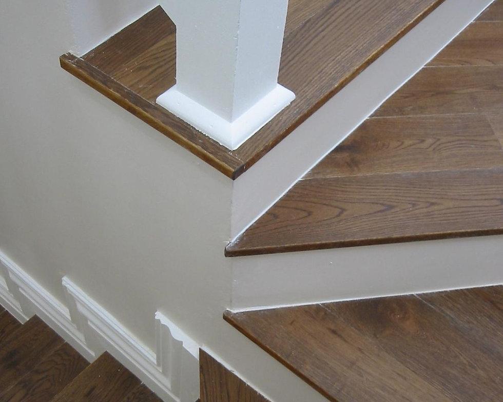 Stairs caramel oak_edited.jpg