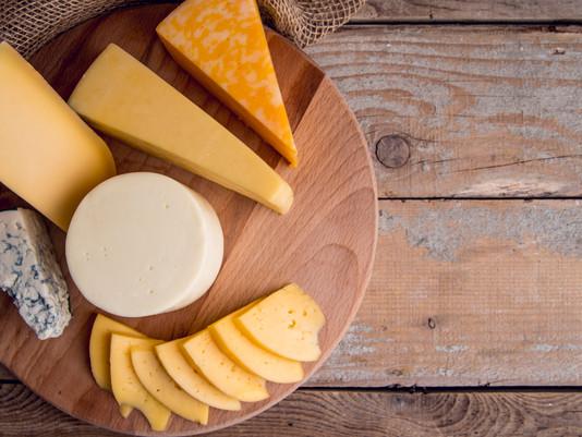Queijo para que te quero: conheça os queijos que são sensação entre os brasileiros