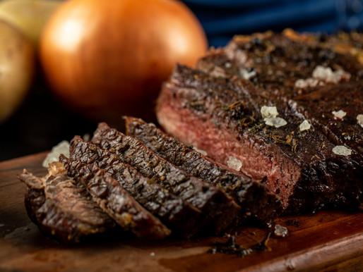 Dia do Churrasco: dicas para qualificar o preparo da carne