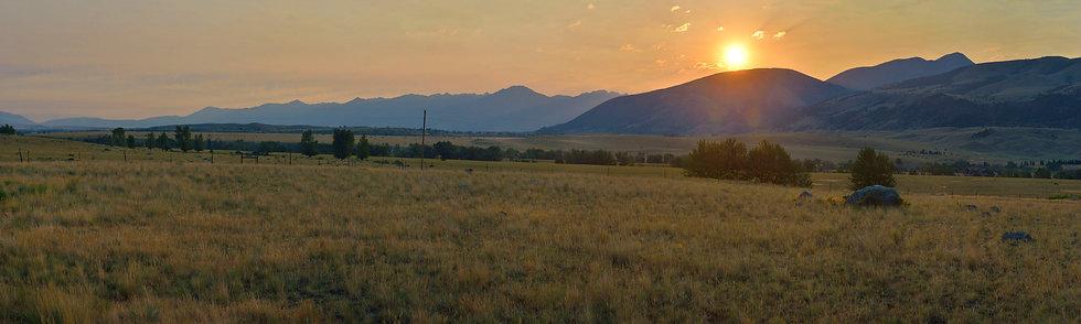 Dawn at Emigrant Mountain, MT