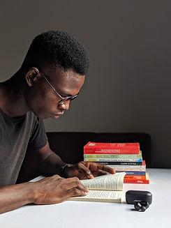 man-reading-a-book-2861798.jpg