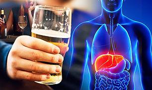 Drinking-alcohol-895672.jpg