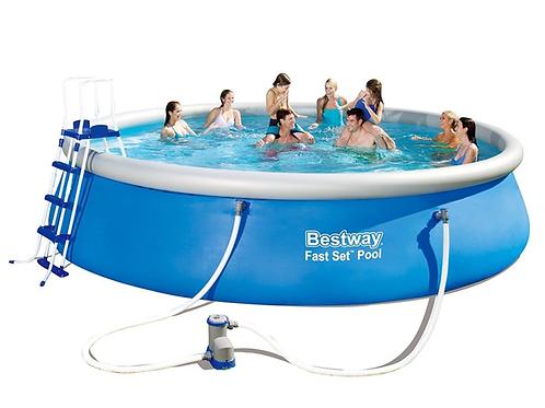 Selbstaufstellendes Pool mit Filter und Pumpe