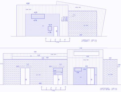 חזיתות תחנת שאיבה ברמלה. מראה המבנה משלב בניית אבן דומה לבתי מגורים ברמלה במחצית הראשונה של המאה העשרים עם חלקים מצופי מתכת במראה עכשווי-טכנולוגי (התחנה בבניה)