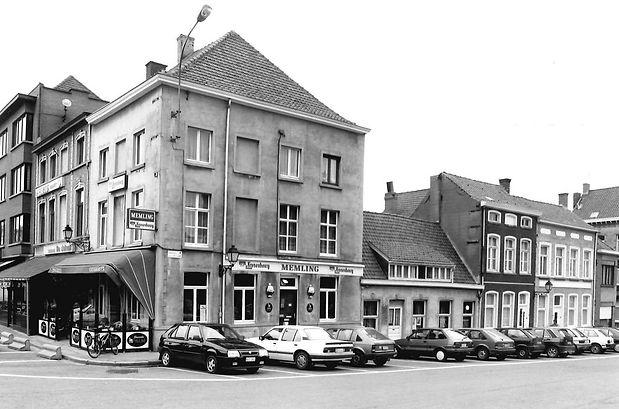 Ronse_Kleine_Markt_1_large.jpg