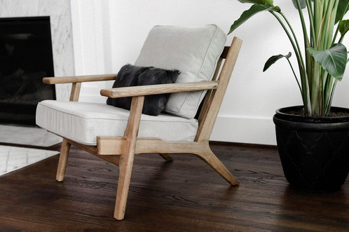 Classic Lounge Chair By Edloe Finch
