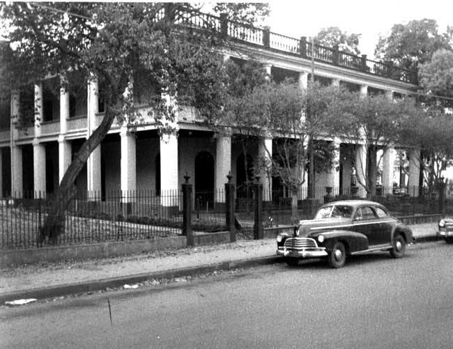 Solet Mansion