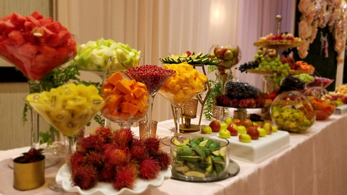 Complete Custom Fruit Table (Decor and Fruit) (5)