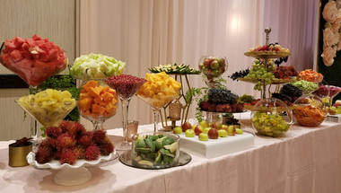Complete Custom Fruit Table (Decor and Fruit) (4)