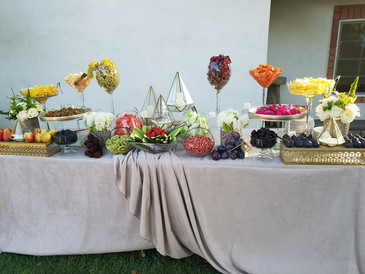 Complete Custom Fruit Table (Decor and Fruit) (2)