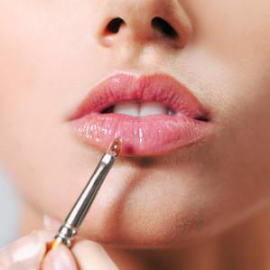 O que saber antes de optar por um preenchimento labial