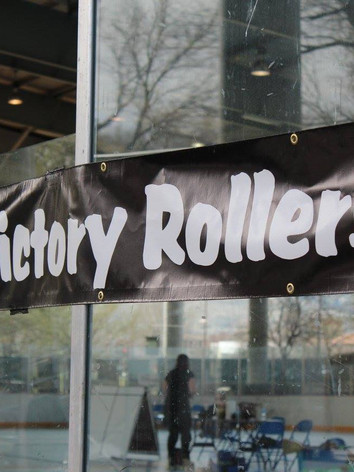 carson-victory-rollers-2.jpg