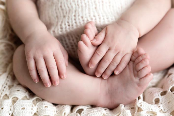 Baby-Toes.JPG