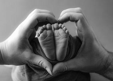 Newborn-Feet.JPG