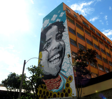 DOC ABOUT THE BIGGEST STENCIL OF THE WORLD! MURALISM AT SIDE OF BUILDING - RIO DE JANEIRO