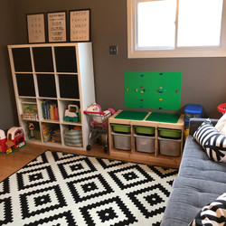 Organizing play space