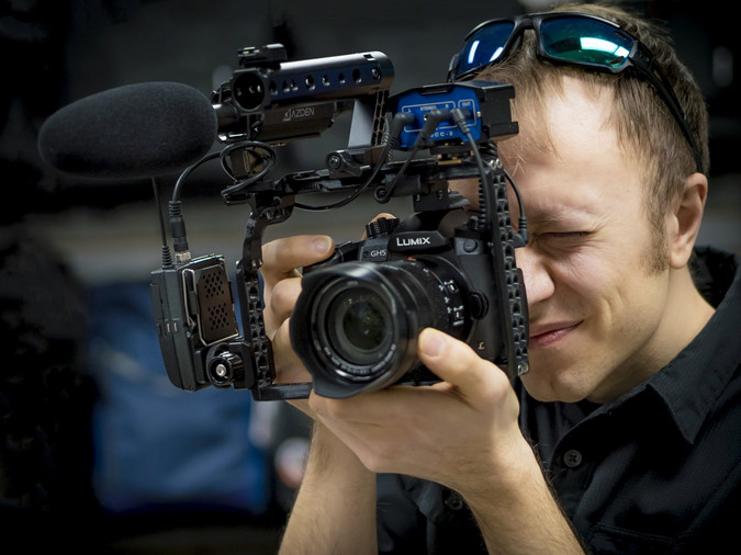 Sam with GH5 in cage_1780541.jpg