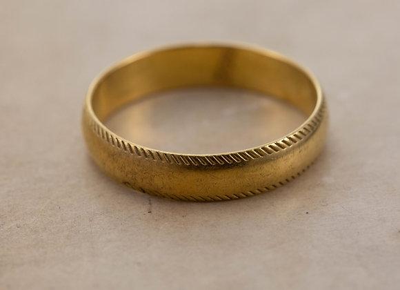 Gold Beaded Edge Wedding Band