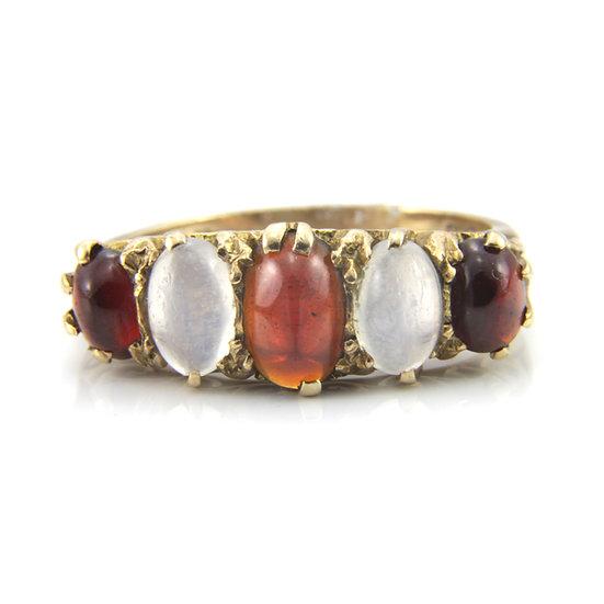 Cabochon Garnet & Moonstone Ring