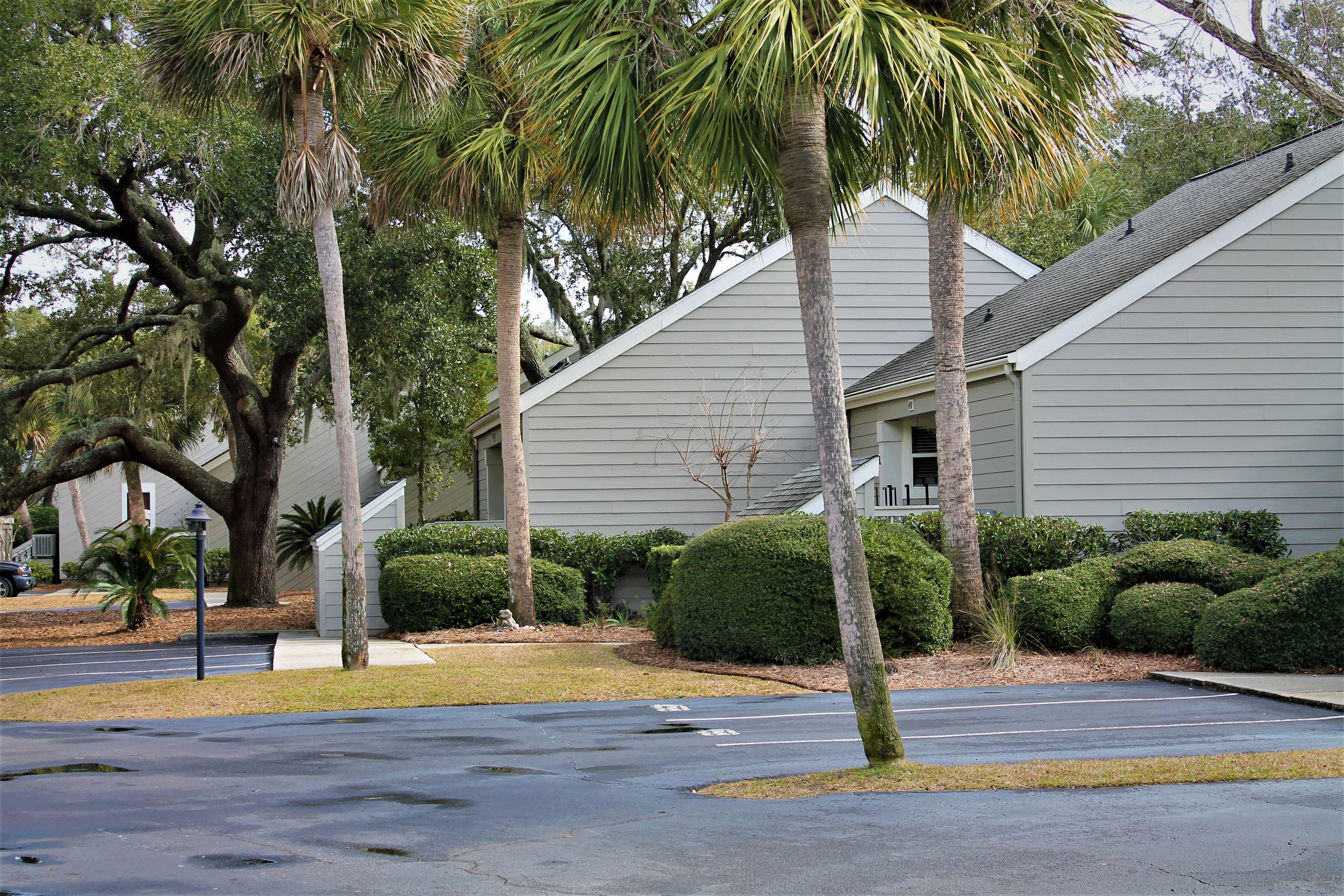 Golf Shore Villas Pic 2