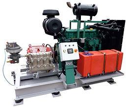 Насосы для поддержания пластового давления (ППД) соединение с дизельным двигателем через редуктор