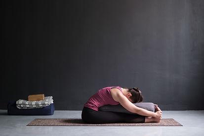 Yin Yoga aylmer gatineau massoterra.jpeg