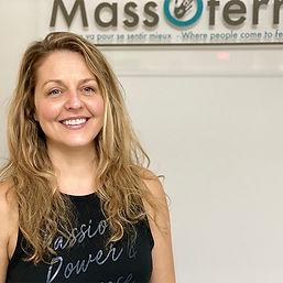 Melissa Delaney yoga massoterra.jpg