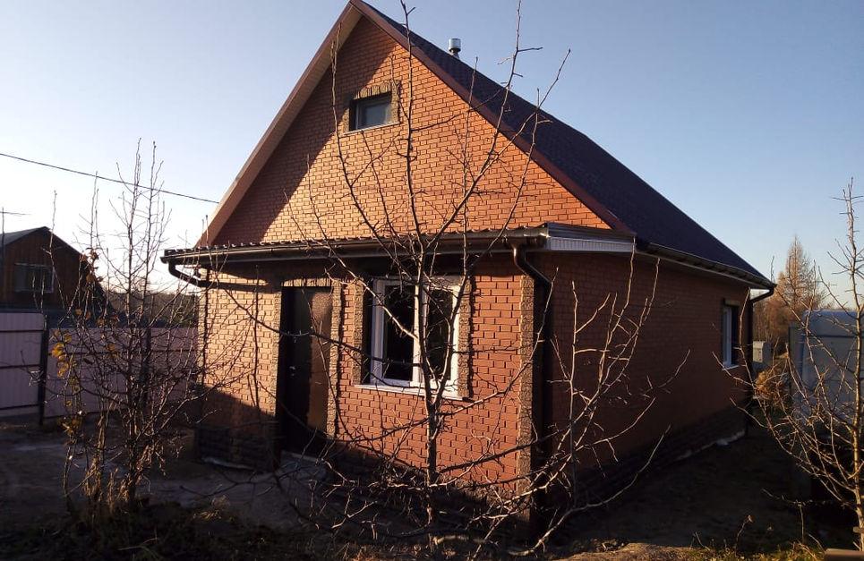 Двухэтажный дом с мансардной этажом