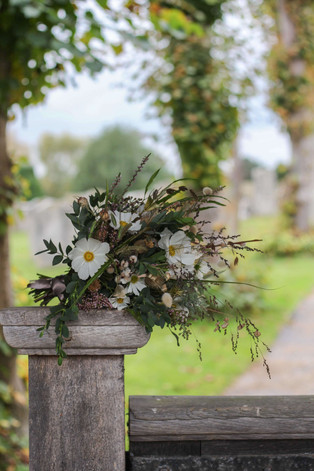 Brides Wedding Flowers Autumn Kent.JPG