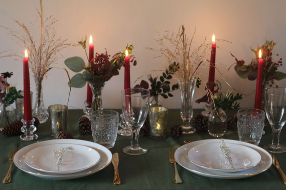 Green Linen Red Candles Gold and Green F