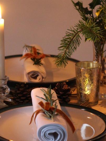 Gree-Mustard-Autumn-Table