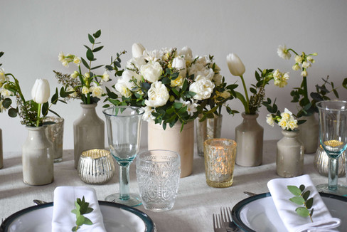 March Kent Wedding Table Flowers White G