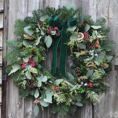 "22"" Limes & Peppercorn Wreath 2020.jpg"