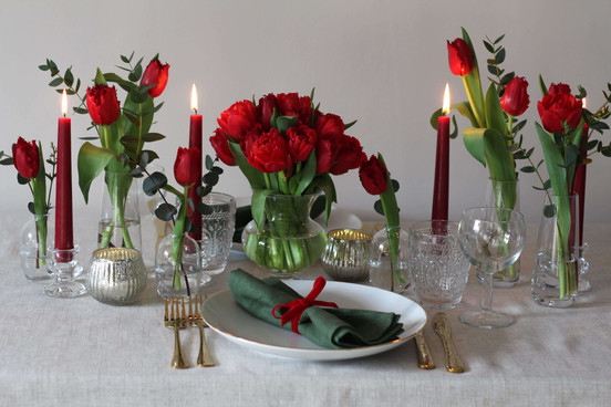 Red Green Valentines English Flowers.JPG