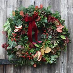 """15"""" Autumn Delights Wreath 2020.JPG"""