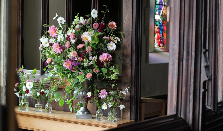pink-church-wedding-sevenoaks-flowers.jpg