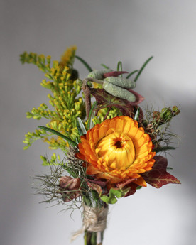 Autumnal Wedding Grooms Buttonhole.JPG