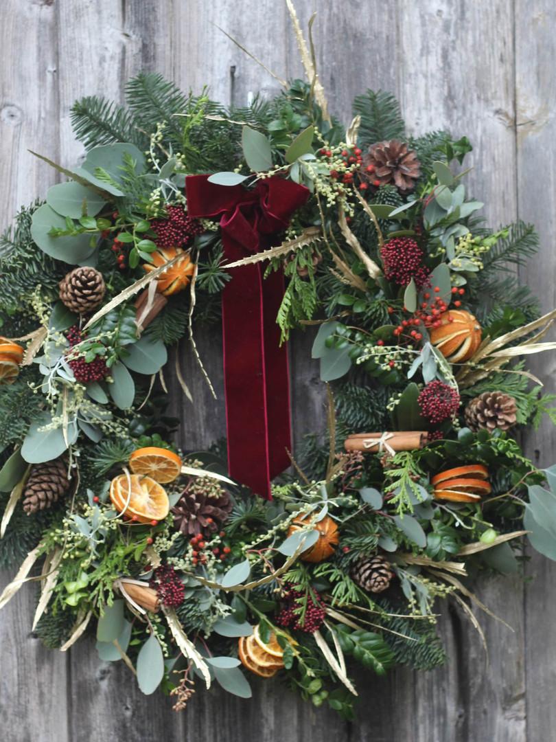 """22"""" Classic Red Gold & Orange Wreath 202"""