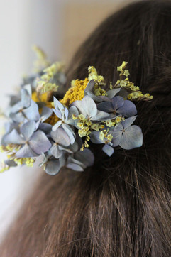 Autumn Dried Flowers Wedding Hair.JPG