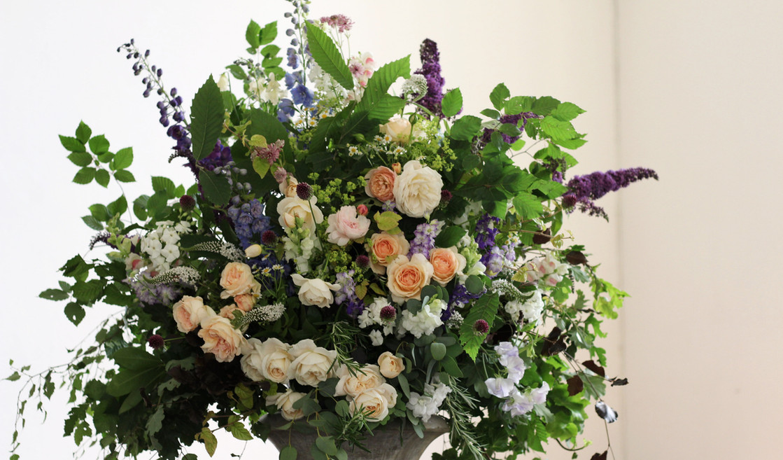 british-flowers-church-wedding-kent.jpg